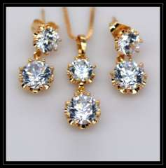 Austrian crystal Pendants Necklaces Earrings Jewelry Set gifts 18K Real Gold Plated Fashion Cubic zirconia Jewelry Sets S20125