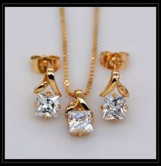 Luxury charm Crystal Pendants Necklace Earrings jewelry Set For Women 18K champagne gold Plated Fashion Jewelry box gift S20124