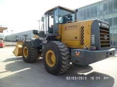 Fuding sale 12 years 9 into a new five tons temporary workers LG953 loader, used Hitachi 70 digging machine, cheap