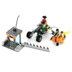 Assembled building blocks defend the Earth Team Motorcycle + snow level roadblock / 186 Legos ( 89014 )