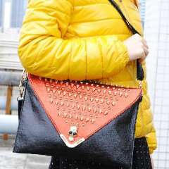 Premier fashion | Red and black classic | Golden skull rivet | Envelope bags evening bags | Ladies shoulder bag | Black