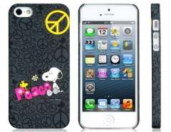 Cartoon Snoopy PC Plastic Matte Protective Case for iPhone 5 (Black)