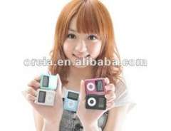 old cheap mp3 music player with screen