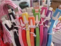 hot selling colorful 2.0 usb noddle date and charging cable for iphone 5\ipad mini free shipping