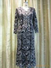 Professional serves Middle Eastern Muslim sleeved suit | Arab embroidery dress