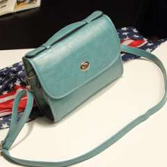 2013 spring and summer new retro buckle Shoulder Messenger packet | Korean version of the candy-colored College Wind messenger bag influx of women