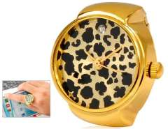 Leopard Print Quartz Movement Analog Finger Ring Watch with 18K Plated Alloy Strap (Golden) M.