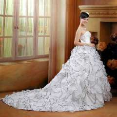 The bride wedding dress formal dress tube top bandage wedding dress train princess wedding dress 81121