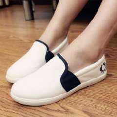 Lee Hyo Ri Korean version of the new ultra-comfortable casual flat shoes canvas shoes white shoes shoes small shoes a generation of fat