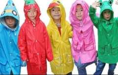2012 new Korean cartoon children raincoat / poncho students - Yellow