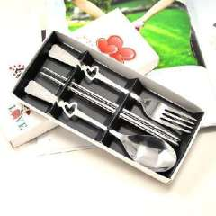 Hollow heart- shaped gift box three-piece stainless steel cutlery