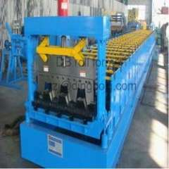YX915 metal deck machine