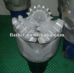 Hey, see, Fist supply oilfield drill bit with high quality and low price for well drilling