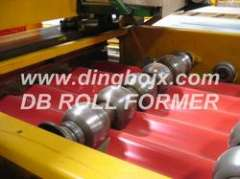 Corrugated wall roll forming machine