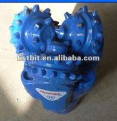 Manufacturers supply various models of insert tricone bit