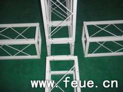 Stage truss manufacturing