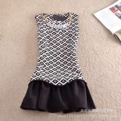 2013 autumn new European style retro print dress was thin black and white contrast color vest dress women