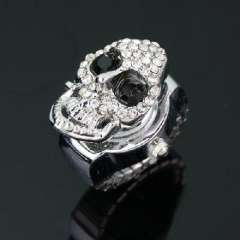 Black Eyed diamond skull | Ring Watches
