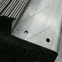 Sell SS400 c & z purlins on steel sales