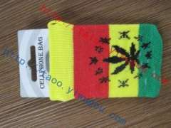 Jamaican-style red-yellow-green pattern knit cell phone package personality esserteauiana reggae jacquard digital products protective sleeve | Pan tricolor popular iphone protective cover