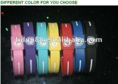 2012 fashionable keeping health free Silicone Wristbands