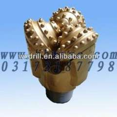 Rubber sealed bearing insert tooth bit for water well drilling