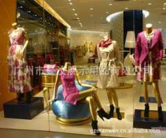 Western model offered window shop window models Women Model | Child Model | Female model body | Mannequins