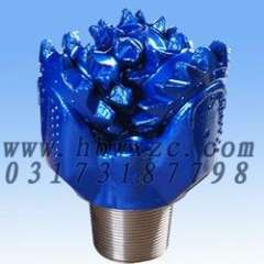 IADC111 Steel Tooth Bit