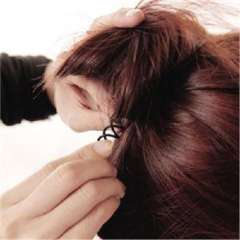 My biggest recommendation woman hairdresser hairpin spiral / helical coiled hair