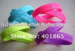 2012 fashion rubber wristband for women