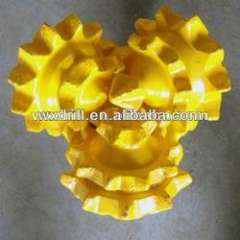 Tricone steel tooth bit for well drilling