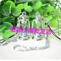 Kerosene lamp hourglass mobile phone chain lovers mobile phone chain accessories reminisced lantern hourglass mobile phone chain