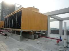 Industrial cooling tower with a square -125 tons