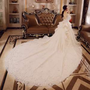 Bride wedding dress 2017 spring and summer new princess dream was thin thin chest elegant palace long tail